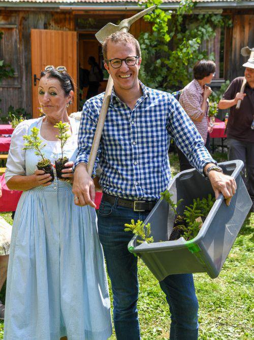Organisatorin Irmi Sachs-Ritter mit Landesrat Christian Gantner.