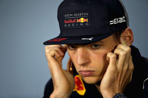 Patzig bei der Pressekonferenz: das Red-Bull-Sorgenkind Max Verstappen. Reuters