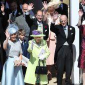 Prinz Philip wird 97: Es begann auf einem Tisch