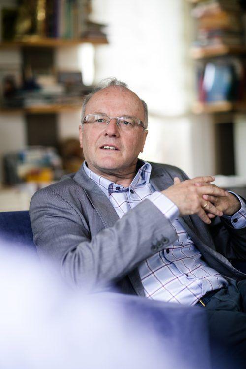 Prof. Reinhard Haller, ehemals Leiter des Krankenhauses Maria Ebene, ist auch als Pensionist ein gefragter Referent.vn/sams