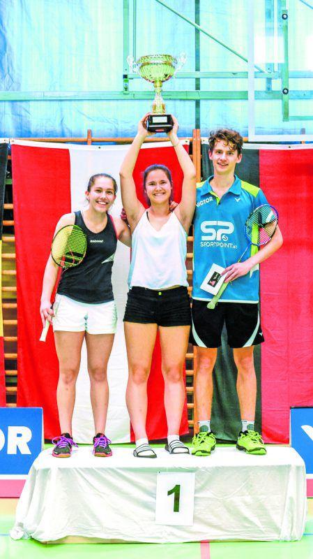 Raphaela Winkler, Lena Kremmel und Kilian Meusburger sorgten dafür, dass der Wanderpokal bei den Victor Hofsteig Youth Intenational an Gastgeber UBSC Wolfurt ging. Kremmel