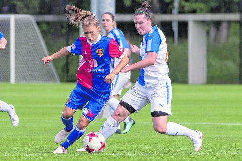 Sarah Klotz (l.) ist die erste Vorarlbergerin, die Erfahrung in der Champions League sammelt.hep