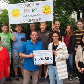 Schüler sammeln 2600 Euro für Kinderdorf