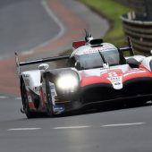 Alonso freut sich überdie Poleposition