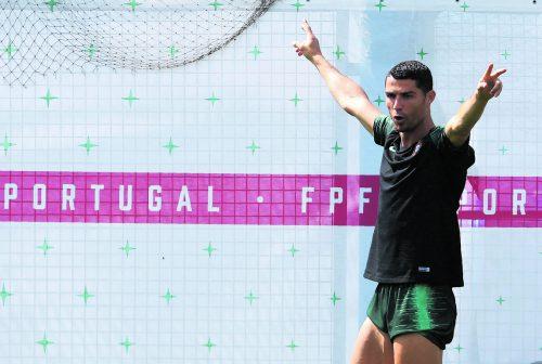 Wie ist Cristiano Ronaldo zu zähmen? Uruguay versucht, Portugals Superstar an die Leine zu nehmen. apa