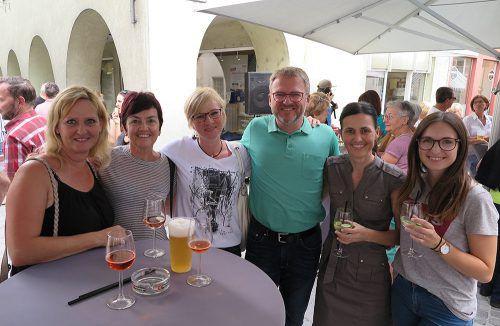 Zahlreiche Gäste genossen die gemütliche Atmosphäre beim Fest am Fuße der überdachten Laurentiusstiege. Stadt Bludenz