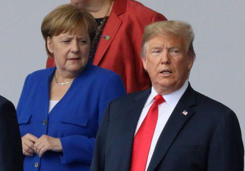 Angela Merkel und Donald Trump gerieten beim Nato-Gipfel aneinander. reuters