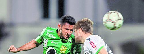 Austria Lustenau hofft in der neuen Saison auf viele Tore ihres Torjägers Ronivaldo (l.).gepa