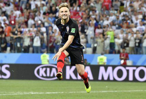 Barcelona-Spieler Ivan Rakitic nach seinem erfolgreichen Elfmeter. Der Kroate jubelt über den Viertelfinaleinzug bei der WM-Endrunde in Russland.ap