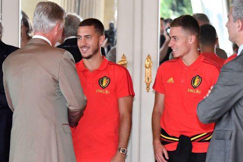 Belgiens Spieler, im Bild Eden Hazard, wurden im königlichen Schloss in Lae-ken von Prinz Philippe empfangen.afp
