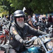 500 alte Motorräder auf Weilers Straßen