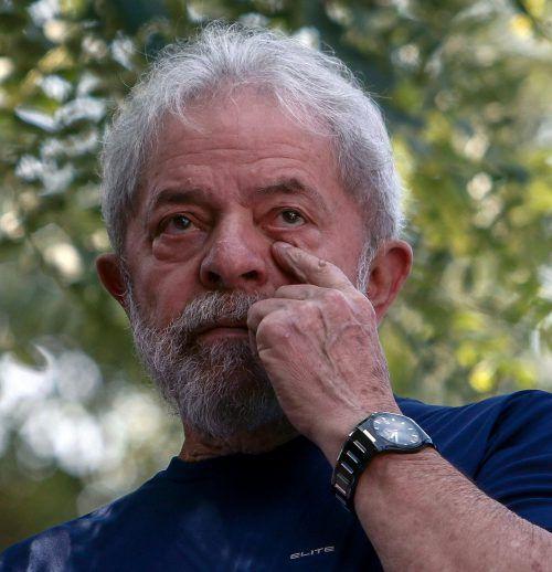 Brasiliens Ex-Präsident Lula da Silva bleibt vorerst in Haft. afp