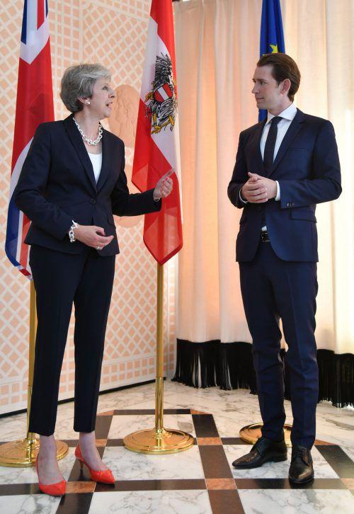 Bundeskanzler Sebastian Kurz und die britische Premierministerin Theresa May trafen am Freitag am Rande der Salzburger Festspiele zusammen.APA