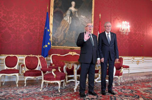 Bundespräsident Alexander Van der Bellen (r.) empfing EU-Kommissionschef Jean-Claude Juncker in der Hofburg. apa