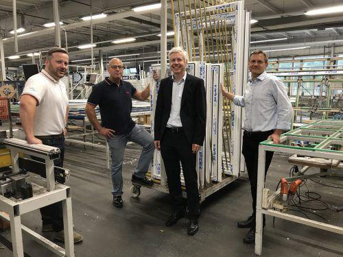 Daniel Gstach und Robert Schott (Verkaufsleiter Zech-Gruppe) mit Herwig und Ingo Ganzberger (Gesellschafter Actual). Actual