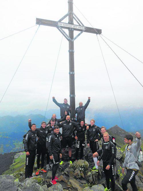 Den ersten Gipfelsturm haben die Bregenzer Handballer im Rahmen des Teambuildings im Montafon bereits erfolgreich hinter sich gebracht.Verein