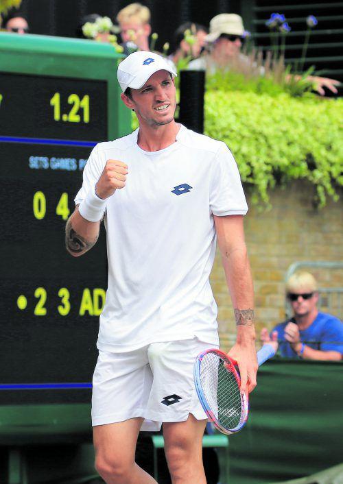 Dennis Novak gefällt es in Wimbledon. Inklusive der Qualifikation war der Sieg gegen Lucas Pouille Erfolg Nummer fünf auf dem englischen Rasen. gepa