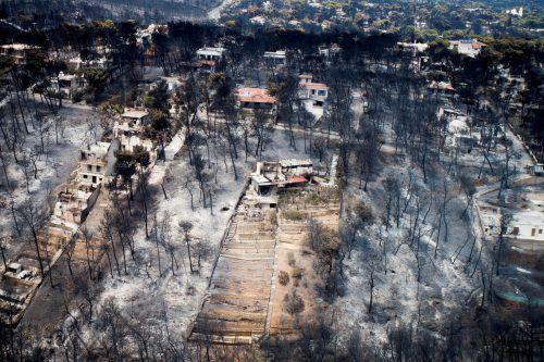 Der kleine Badeort Mati wurde schwer vom Feuer getroffen. Die Brandermittlungen werden wahrscheinlich mehrere Monate dauern. Reuters