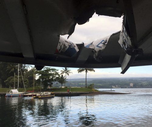 "Der ""Lava-Basektball"" krachte bei einer Tour durch das Bootsdach. AP"