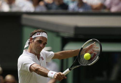Der Schweizer Roger Federer peilt seinen neunten Wimbledon-Triumph an.ap