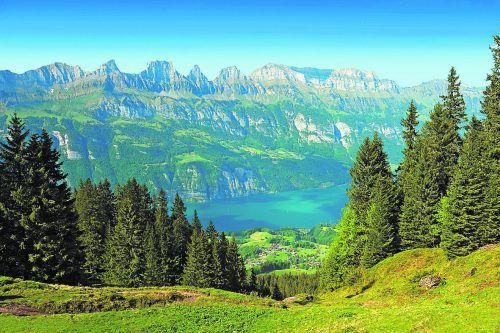 Die Bergwelt am Flumserberg gibt die einzigartige Kulisse für das Schlagerfestival am 31. Juli 2018. veranstalter