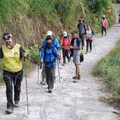 Dutzende Wanderer hängen auf Erdbebeninsel Lombok fest