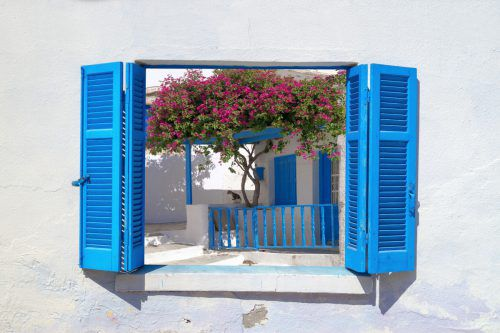 Die Farbe Blau ist in Griechenland überall gegenwärtig. Sie hilft nämlich beim Vertreiben böser Geister.