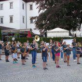 Bühne frei für junge Blasmusikanten