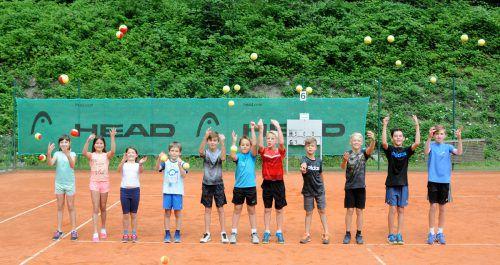 Die Kinder hatten sichtlich Spaß beim Tenniscamp des TC Nofels-Tosters. Spiel und Spaß standen im Vordergrund, gekämpft wurde aber trotzdem um jeden Ball. TC Nofels-Tosters/Efferl