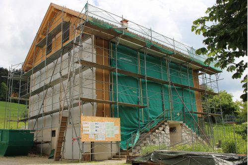 Die Sanierungsarbeiten am Pfarrhof von Thal machen gute Fortschritte.