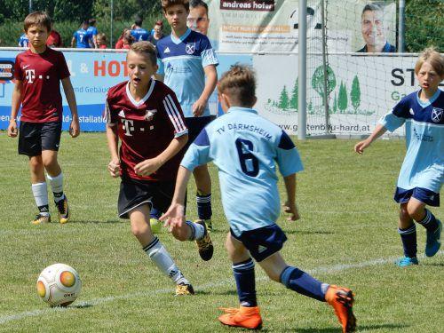 Die zahlreichen Nachwuchsfußballer zeigten beim 7. internationalen Dornbirn Cup ihr Können. cth