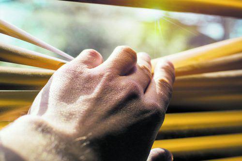 Eine übermäßige Blendung verursachte Beeinträchtigungen beim Wohnen.foto: shutterstock