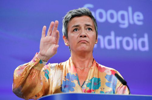EU-Wettbewerbskommissarin Margerethe Vestager straft Google ab. Reuters