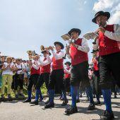 Blasmusik-Großevent bei Paradewetter