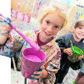 Zahlreiche Kinder haben großen Spaß in der Rolle als Festspielkünstler. D9
