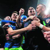 Kroatiens Fußballer zündeten Feuerwerk