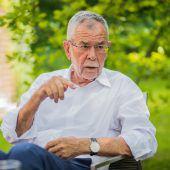 Van der Bellen kritisiert ÖVP und FPÖ: Präsident sorgt sich um das Ansehen Österreichs. A5