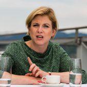 Neos-Chefin Meinl-Reisinger attackiert im VN-Interview die Europalinie der Bundesregierung