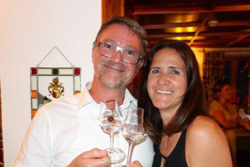 Günter Moser und Petra Gunz gönnten sich ein Schnäpsle.