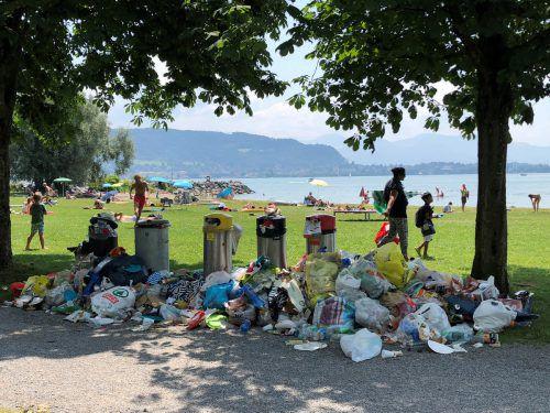 Im Lochauer Schwarzbad lässt die Mülldisziplin einiges zu wünschen übrig. Die Kommune will nun gegensteuern. VN/Paulitsch