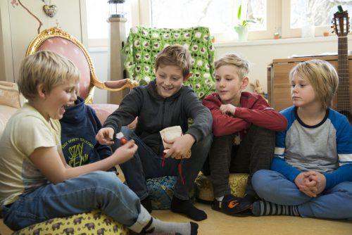 In kleinen Lerngruppen werden die Kinder und Jugendlichen im SonnenGarten in Brunnenfeld auf die Herausforderungen des Lebens vorbereitet. SonnenGarten
