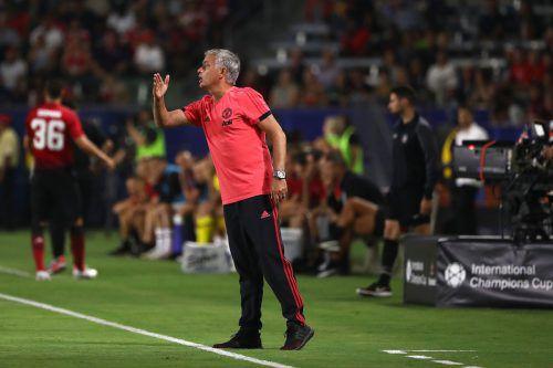José Mourinho ist mit dem Auftritt seiner Mannschaft in der Vorbereitung nicht zufrieden. Aber auch die Schiedsrichter bekamen ihr Fett weg.afp