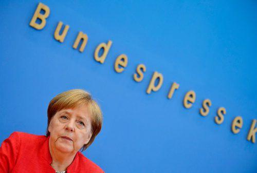 Kanzlerin Angela Merkel nimmt auf ihrer Sommerpressekonferenz Stellung.afp