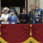 Britische Königsfamilie feiert 100 Jahre Royal Air Force