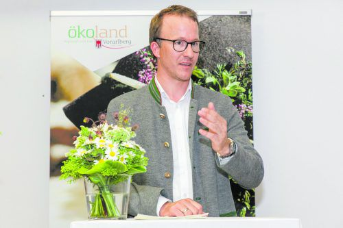Landesrat Christian Gantner will verstärkt Wertschätzung für Menschen, Tiere, Natur und Lebensmittel erreichen und Vorbilder vor den Vorhang holen.