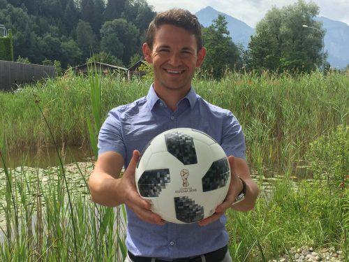 Marcel Gilly hat früher bei der Lustenauer Austria gekickt. Für den Höchster ist Fußball ein Sport, der verbindet und Brücken bauen kann.VN/mef