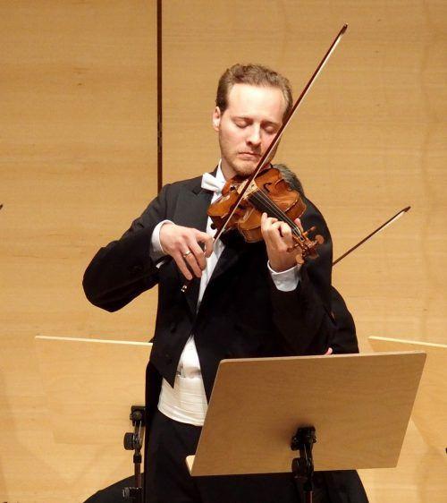 Matthias Honeck ist Geiger bei den Wiener Symphonikern und realisiert seit Jahren jeweils im Sommer Konzerte im Palast Hohenems. JU