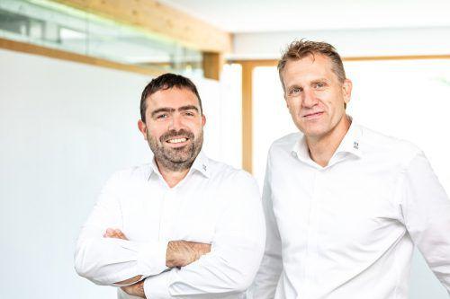 Michael Jäger (l.) und Peter Germann, beide seit vielen Jahren im Unternehmen, haben die Geschäftsführung bei Dorner Electronic übernommen. Firma
