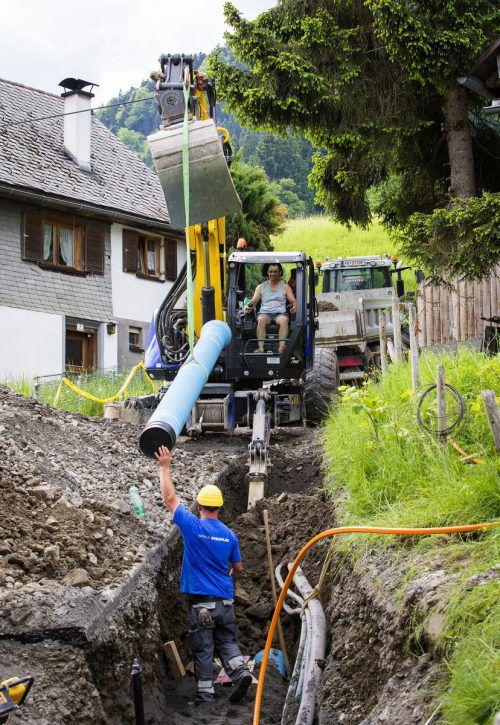Mit Ende der Bauarbeiten kommt jetzt wieder Quellwasser aus der Leitung. Stadtwerke