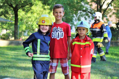 Nachwuchs für die Feuerwehren zeigte sich begeistert.